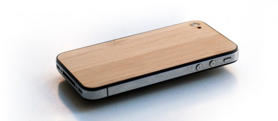 eden-real-wood-backplate-replacement-kit-for-apple-iphone-05-570x249