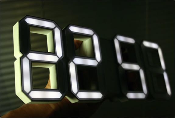 white-and-white-wall-clock-4