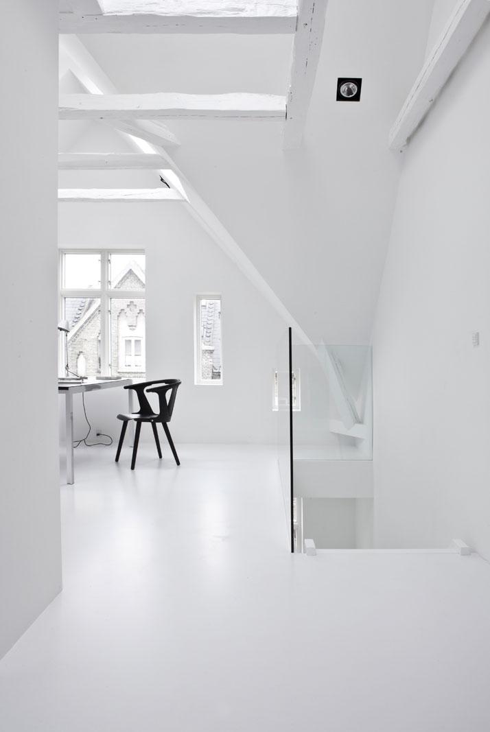 Copenhagen-Townhouse-II-by-Norm-Architects-photo-Jonas-Bjerre-Poulsen-yatzer-18