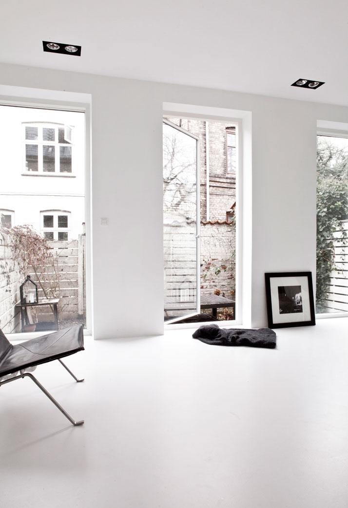Copenhagen-Townhouse-II-by-Norm-Architects-photo-Jonas-Bjerre-Poulsen-yatzer-5