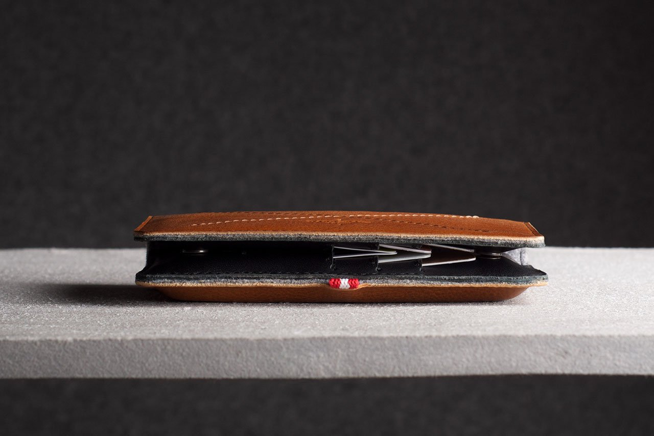 hard-graft-mighty-phone-fold-wallet-2
