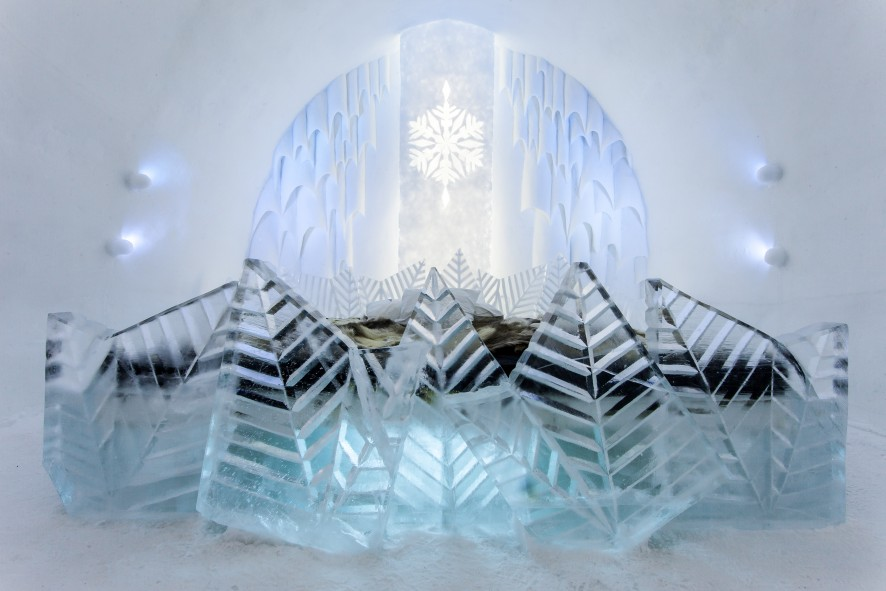Icehotel02