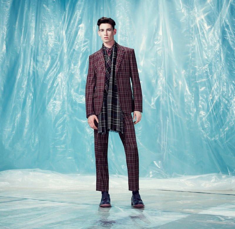 Alexander-McQueen-Pre-Fall-2014-Lookbook_fy21