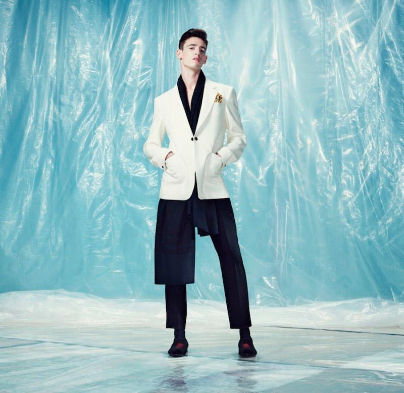 Alexander-McQueen-Pre-Fall-2014-Lookbook_fy5