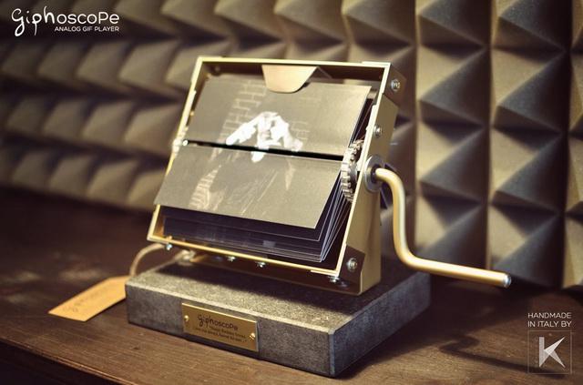 2014-9-Giphoscope-Giphoscope (1)