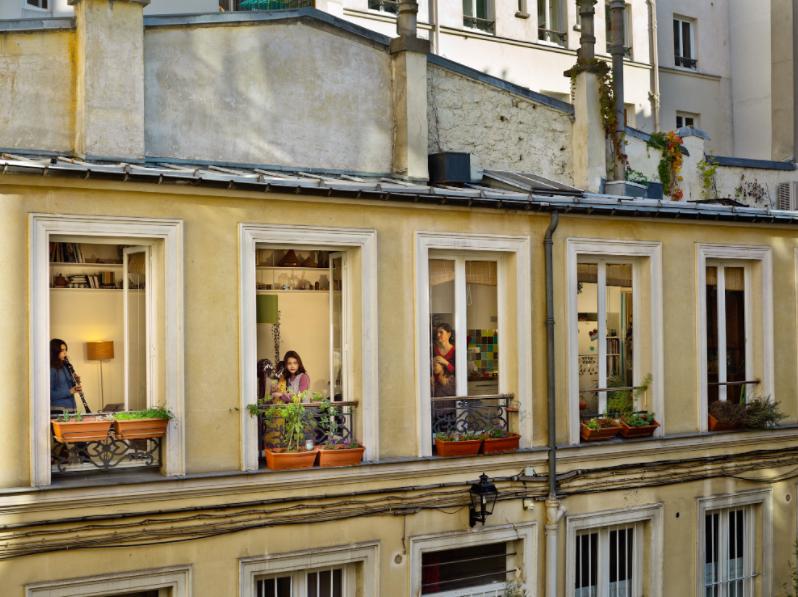 AD-Paris-GailAlbertHalaban07