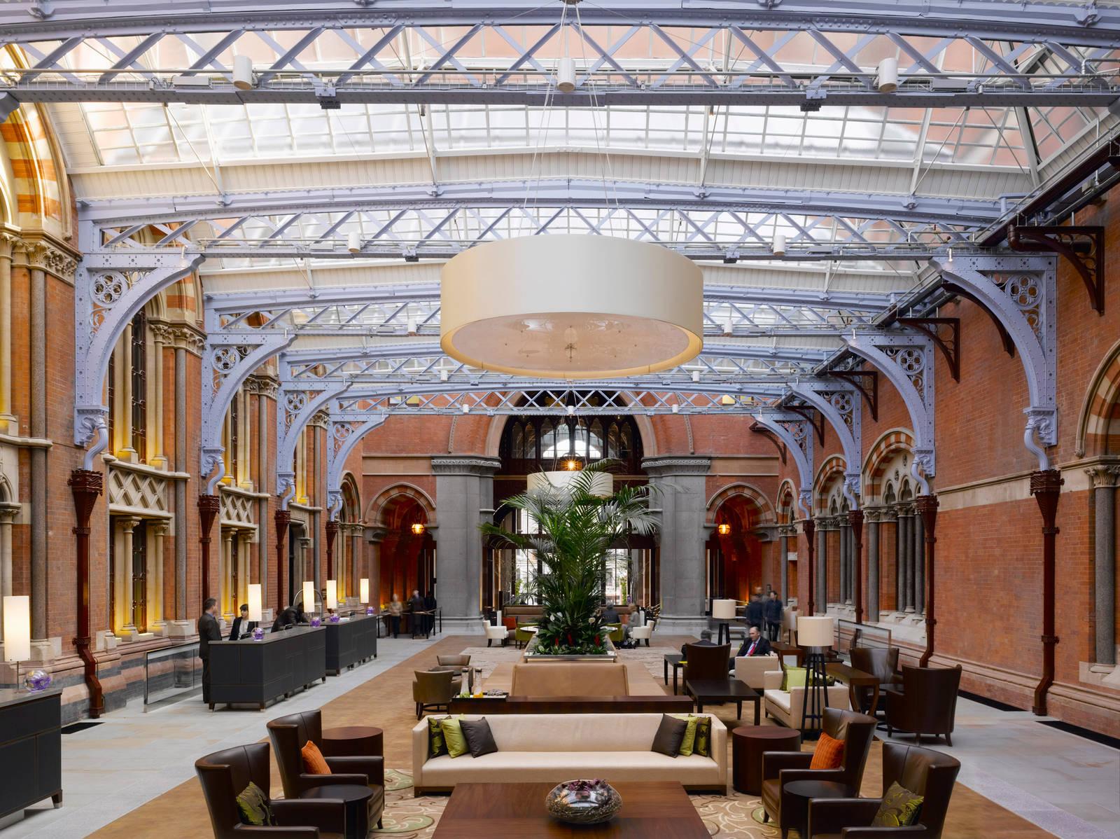 St Pancras Renaissance Hotel 09