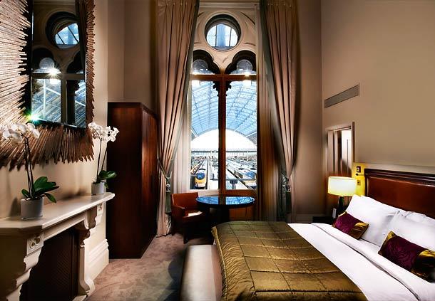 St Pancras Renaissance Hotel 11