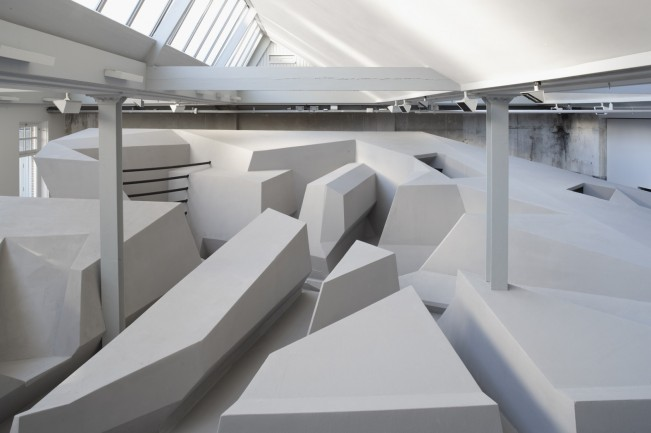 RAAAF-Rietveld-Architecture-Art-Affordances-The-End-of-Sitting-000956image
