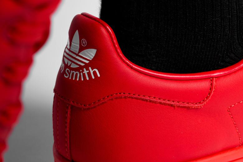 a-closer-look-at-the-2015-spring-summer-raf-simons-x-adidas-originals-stan-smith-collection-8