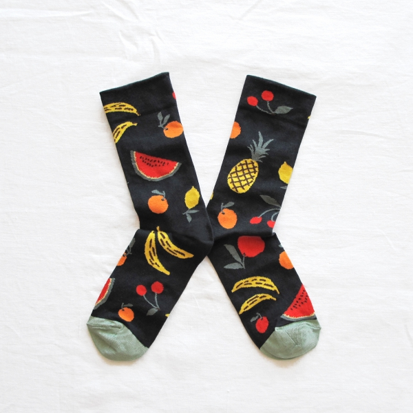 socks-fruits