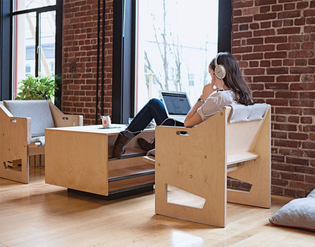 work_it_out-airbnb-goof_mod-portland-office-furniture-laptop-based-work