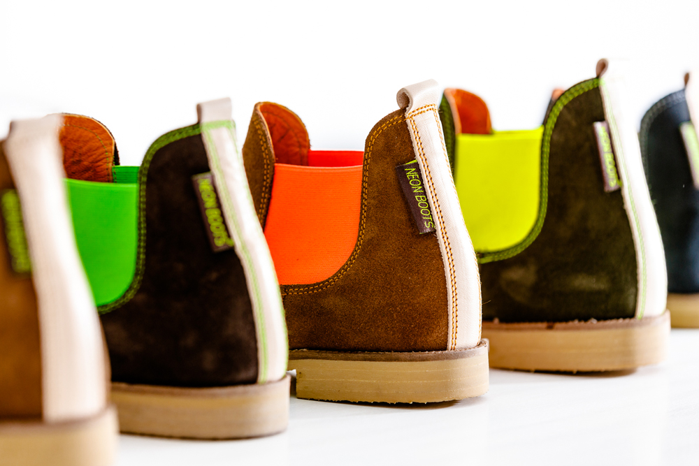 NEON-BOOTS_overview