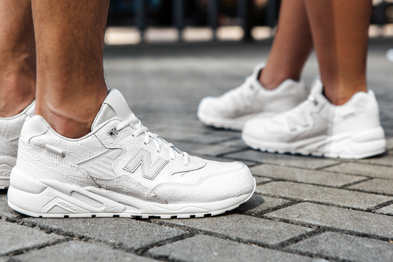 a-closer-look-at-the-new-balance-mrt580xx-special-edition-3