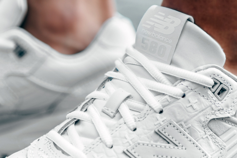 a-closer-look-at-the-new-balance-mrt580xx-special-edition-7