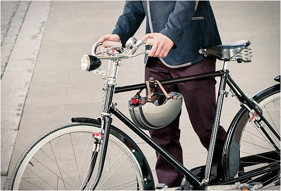carrera-premium-foldable-helmet-3