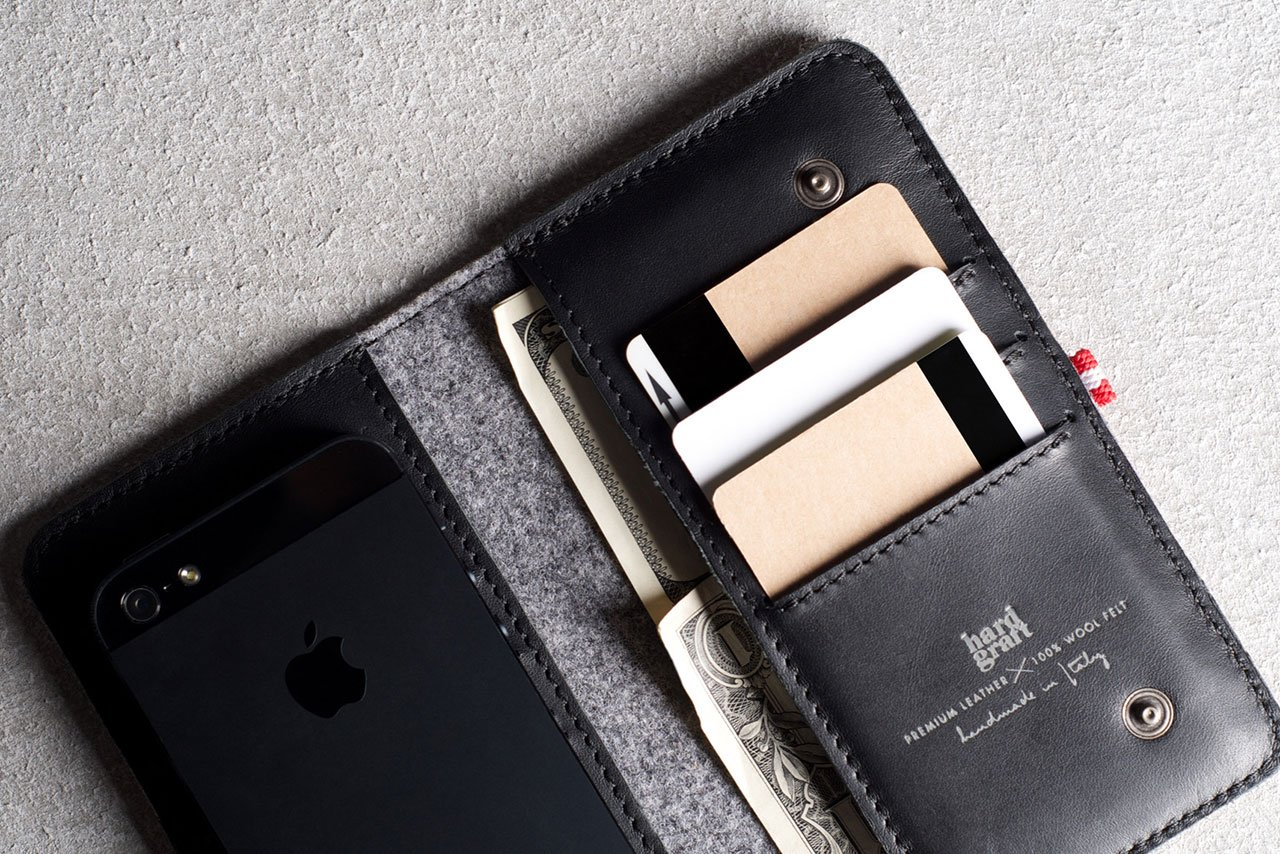 hard-graft-mighty-phone-fold-wallet-4