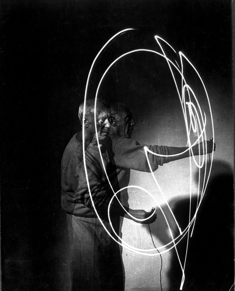 Light-Drawings-Picasso-7