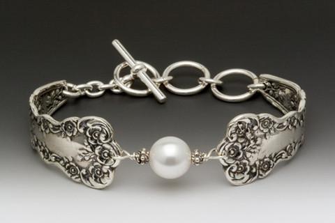 lady-helen-pearl-bracelet_3_large