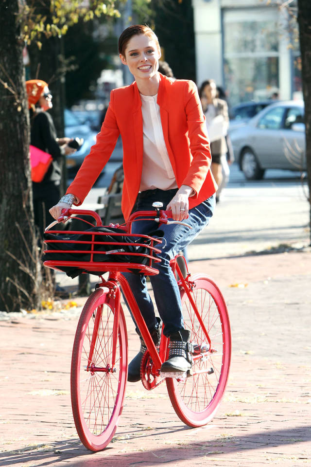 Riding in Style 00 Coco Rocha