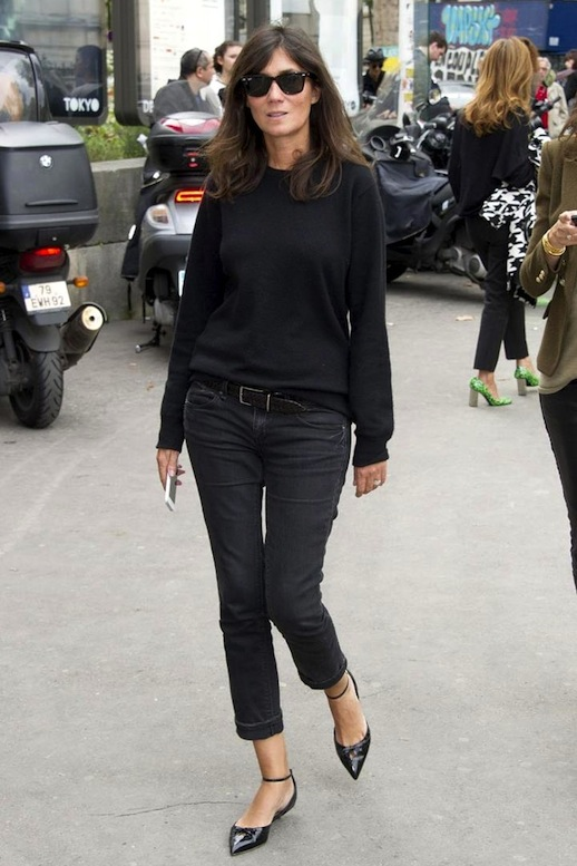 Le-Fashion-Blog-11-Ways-To-Wear-Kitten-Heels-Emmanuelle-Alt-Street-Style-Cropped-Jeans-Via-Fashion-One-7