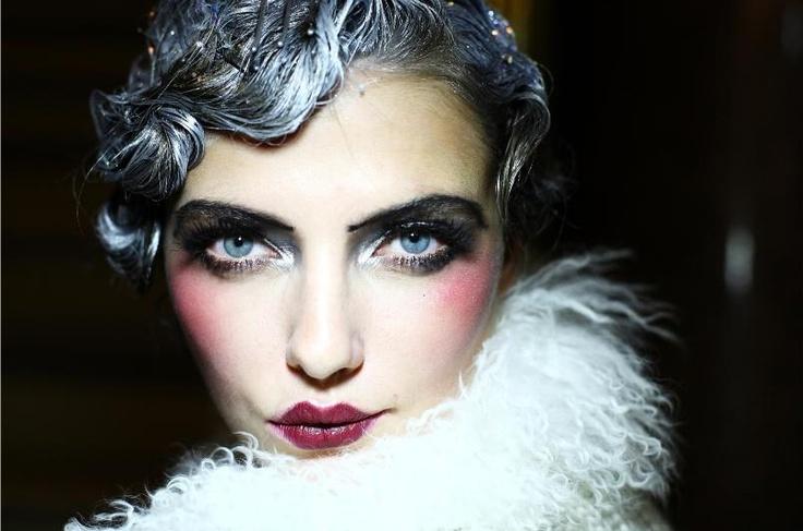 flapper-make-mad-makeup-99177