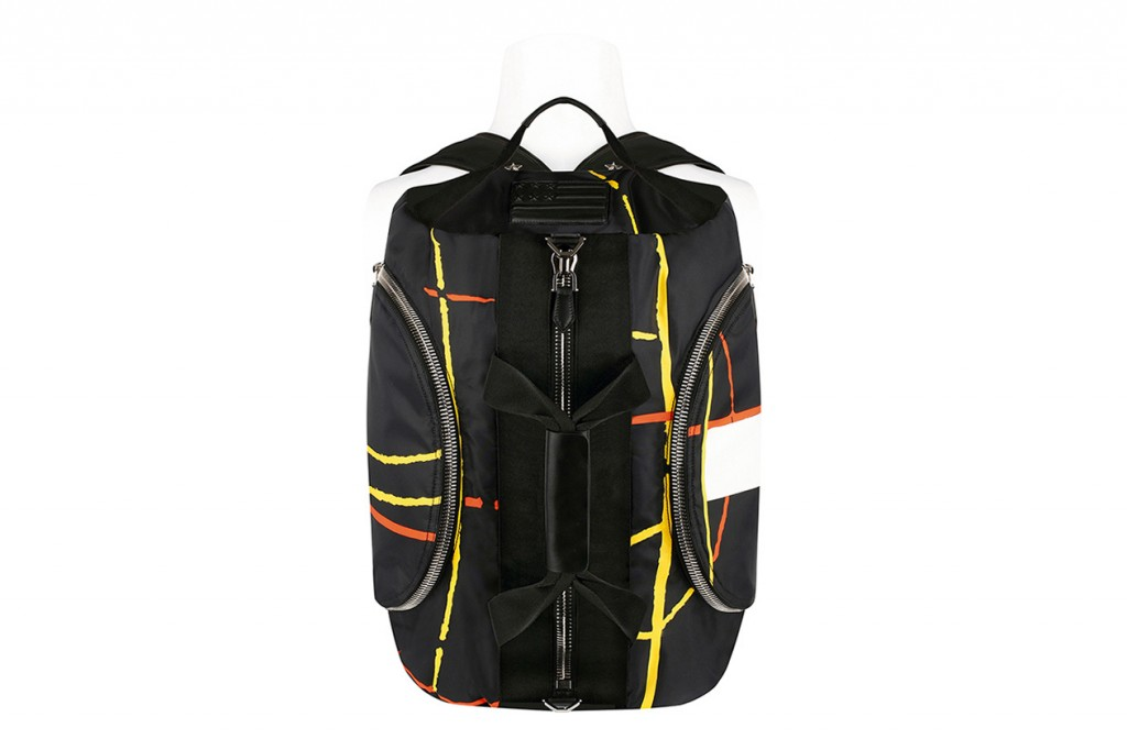givenchy-2014-fall-winter-the-17-backpack-1