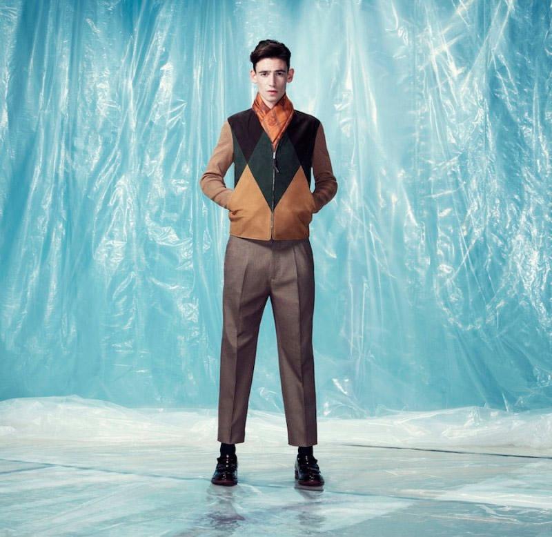 Alexander-McQueen-Pre-Fall-2014-Lookbook_fy12