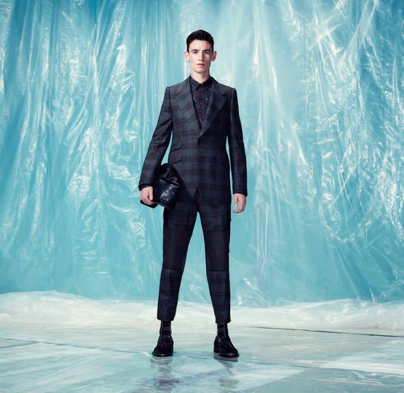 Alexander-McQueen-Pre-Fall-2014-Lookbook_fy17
