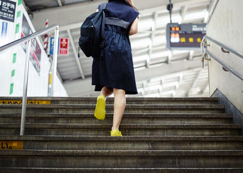 Fondue-Slipper-by-Satsuki-Ohata_dezeen_ss_8