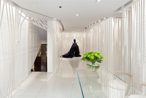 On-Motcomb-boutique-by-Flower-Michelin-Limited_dezeen_3