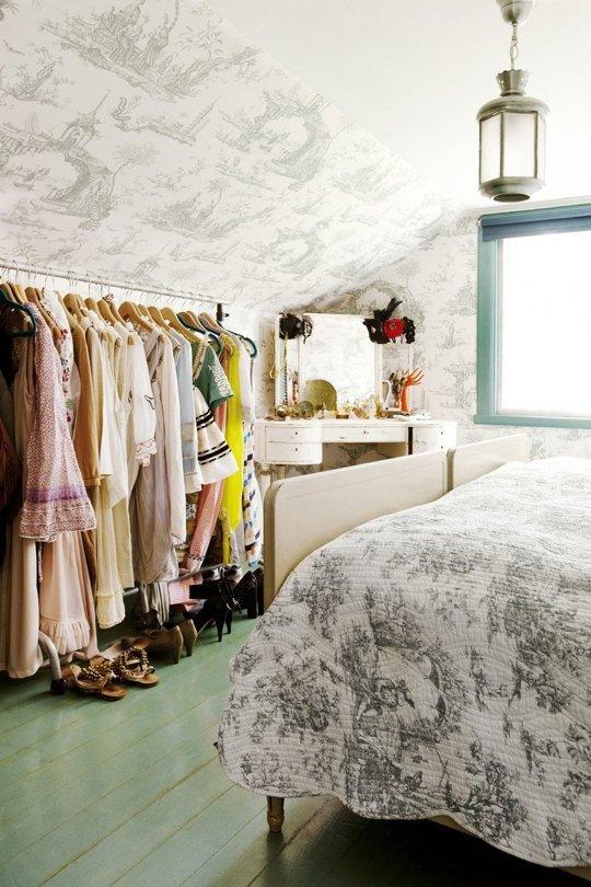 Tiny Apartments w:o Closet08