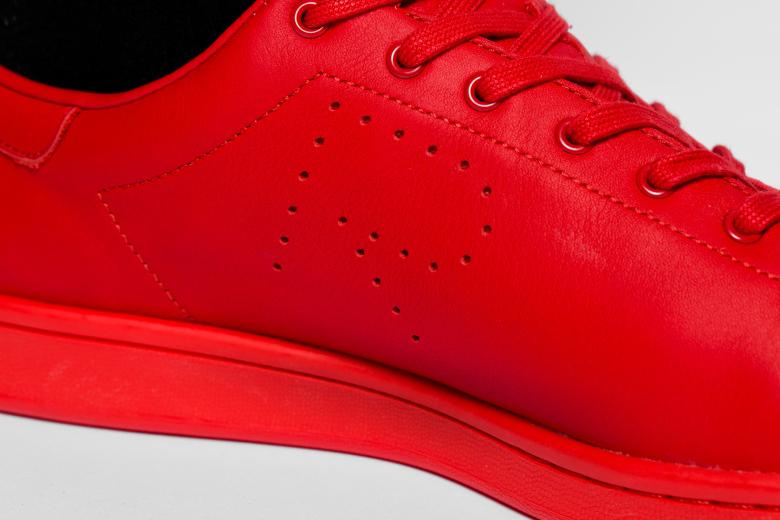 a-closer-look-at-the-2015-spring-summer-raf-simons-x-adidas-originals-stan-smith-collection-7