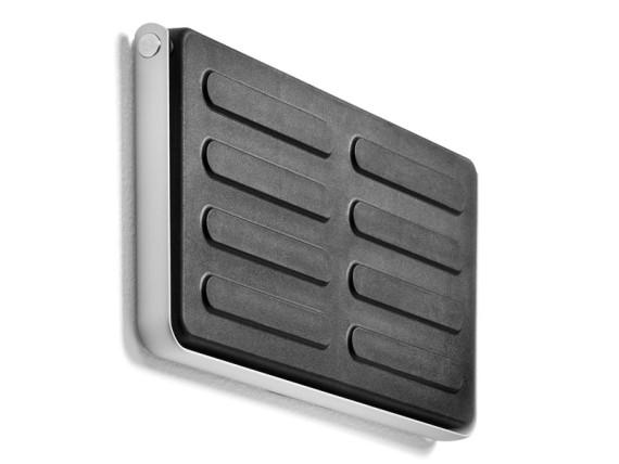 wall-mount-shoe-storage-loca-04-570x428