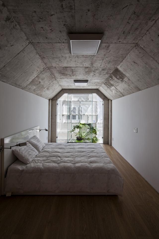 3×10-House-3
