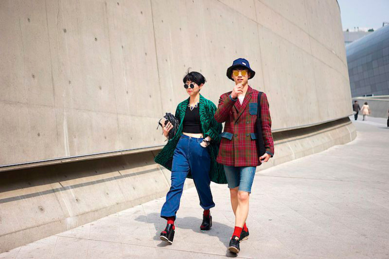 fucking-young-presents-a-selection-of-street-looks-from-seoul-fashion-week-13