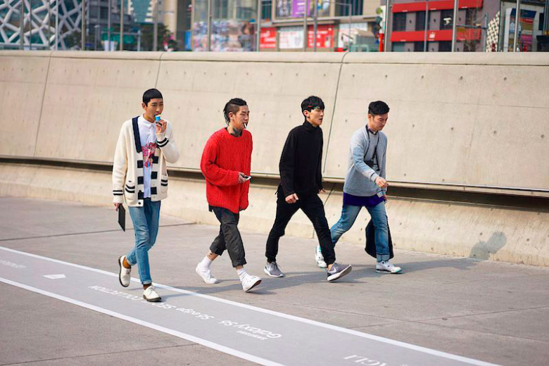 fucking-young-presents-a-selection-of-street-looks-from-seoul-fashion-week-14