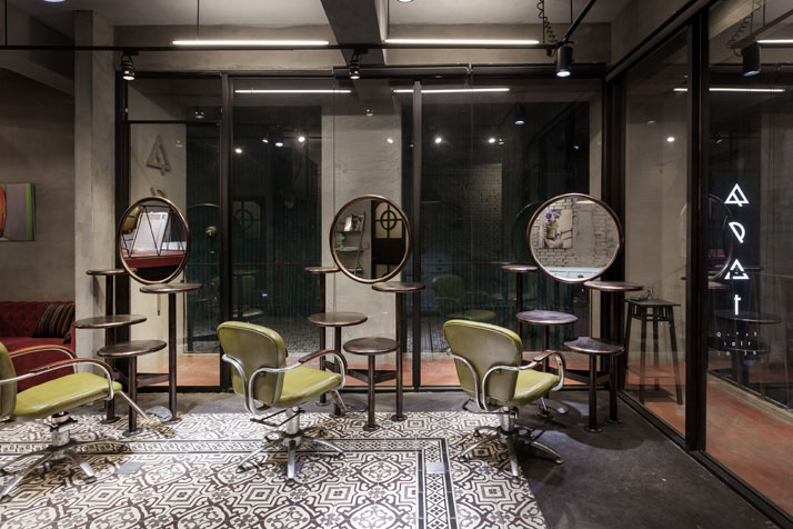24_Q_Pot_Hair_Salon_and_Residence_Kaohsiung_Taiwan_yatzer