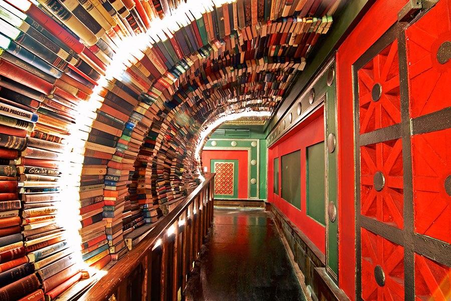 The Last Bookstore LA 00