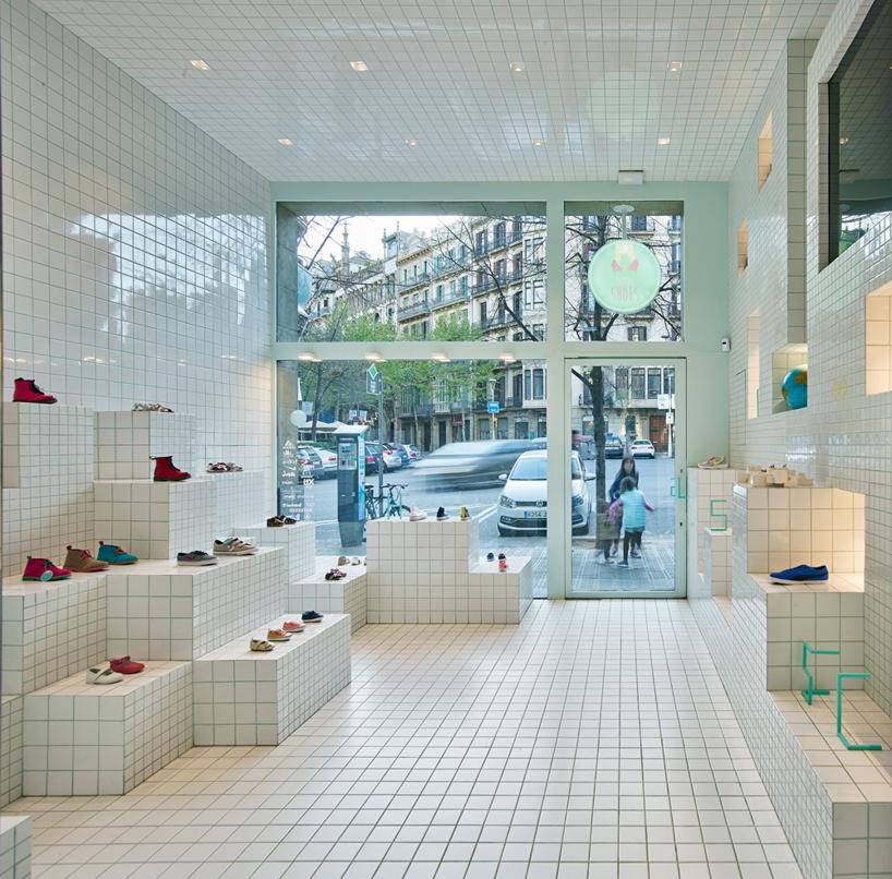 little-shoes-shop-nabito-architects-barcelona-designboom-01