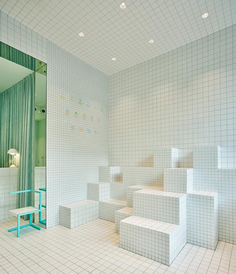 little-shoes-shop-nabito-architects-barcelona-designboom-07