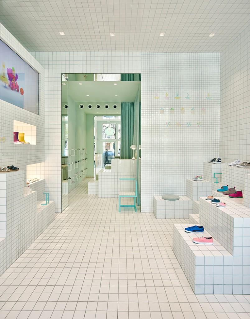 little-shoes-shop-nabito-architects-barcelona-designboom-10